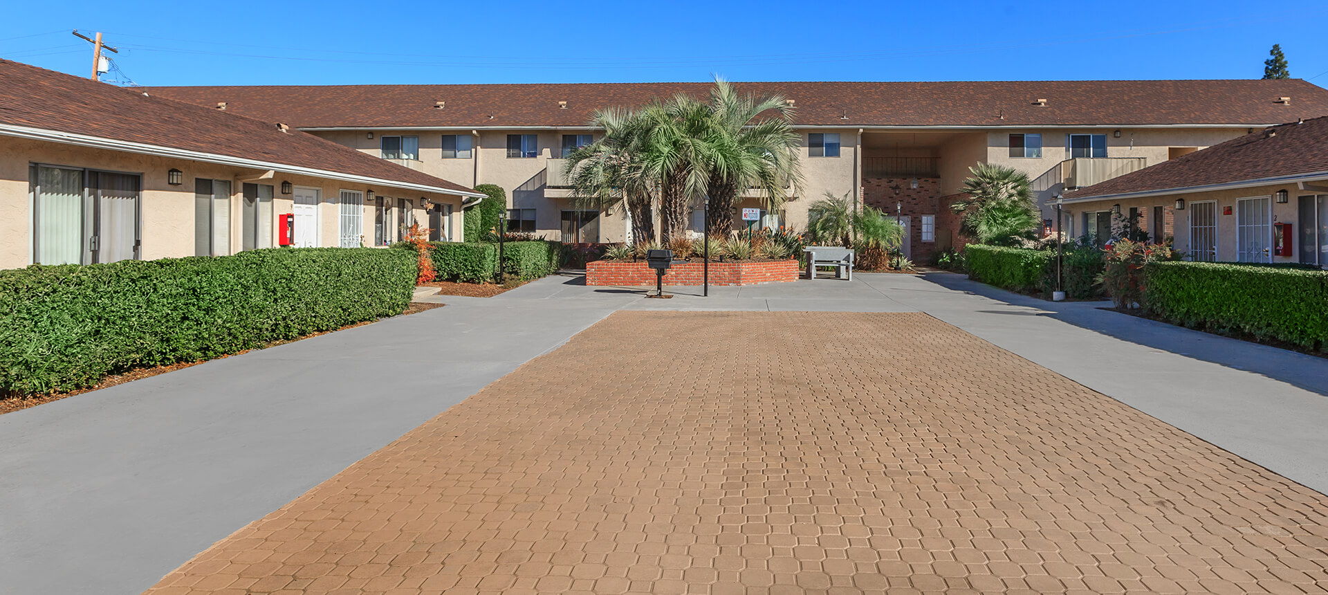 Colonial garden apartments for Landscape rock upland ca
